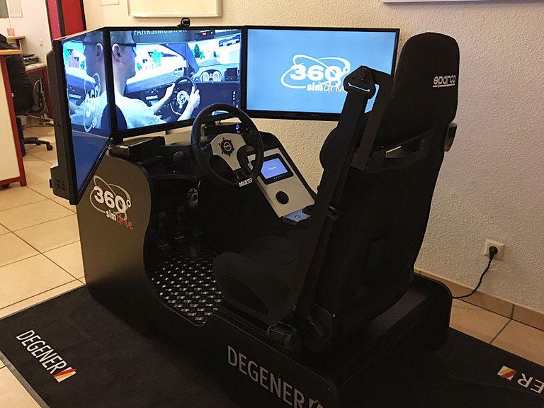 Neu: Fahrsimulator DEGENER 360° simdrive